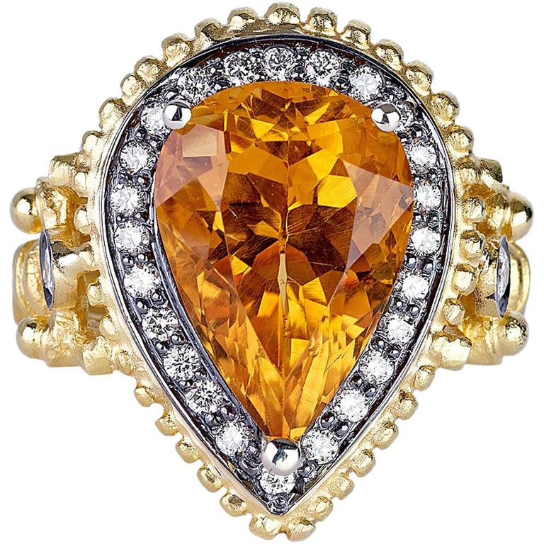 18 Karat Yellow Gold Citrine Diamond Ring with Granulation