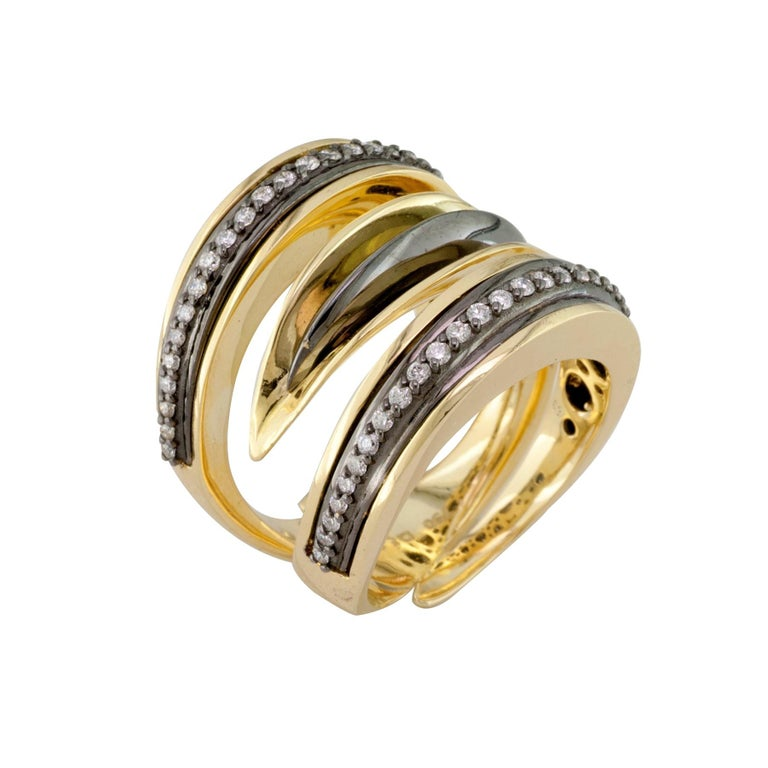 18 Karat Yellow Gold Diamond Ring with Black Rhodium