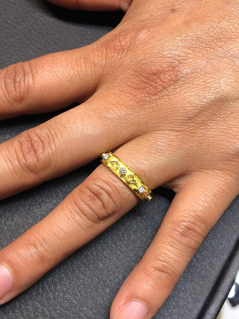 18 Karat Yellow Gold Thin Diamond Unisex Band Ring