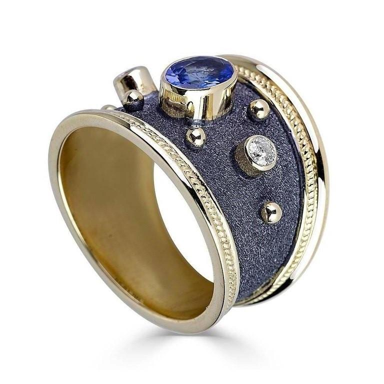 18 Karat Yellow Gold Diamond Sapphire Granulated Band Ring
