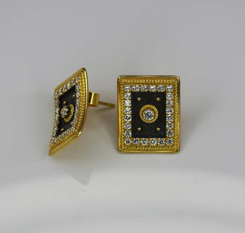 18 Karat Yellow Gold Diamond Earrings in Byzantine Style