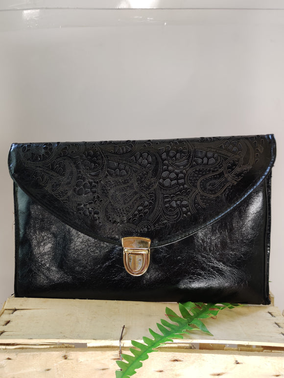 Lace Design Clutch / Sling Bag with Detachable Straps