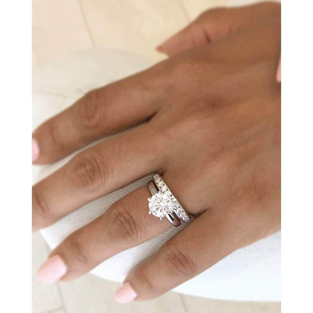 Trinty ~ 18Kw 8.50Mm Round Moissanite Solitaire - Ring