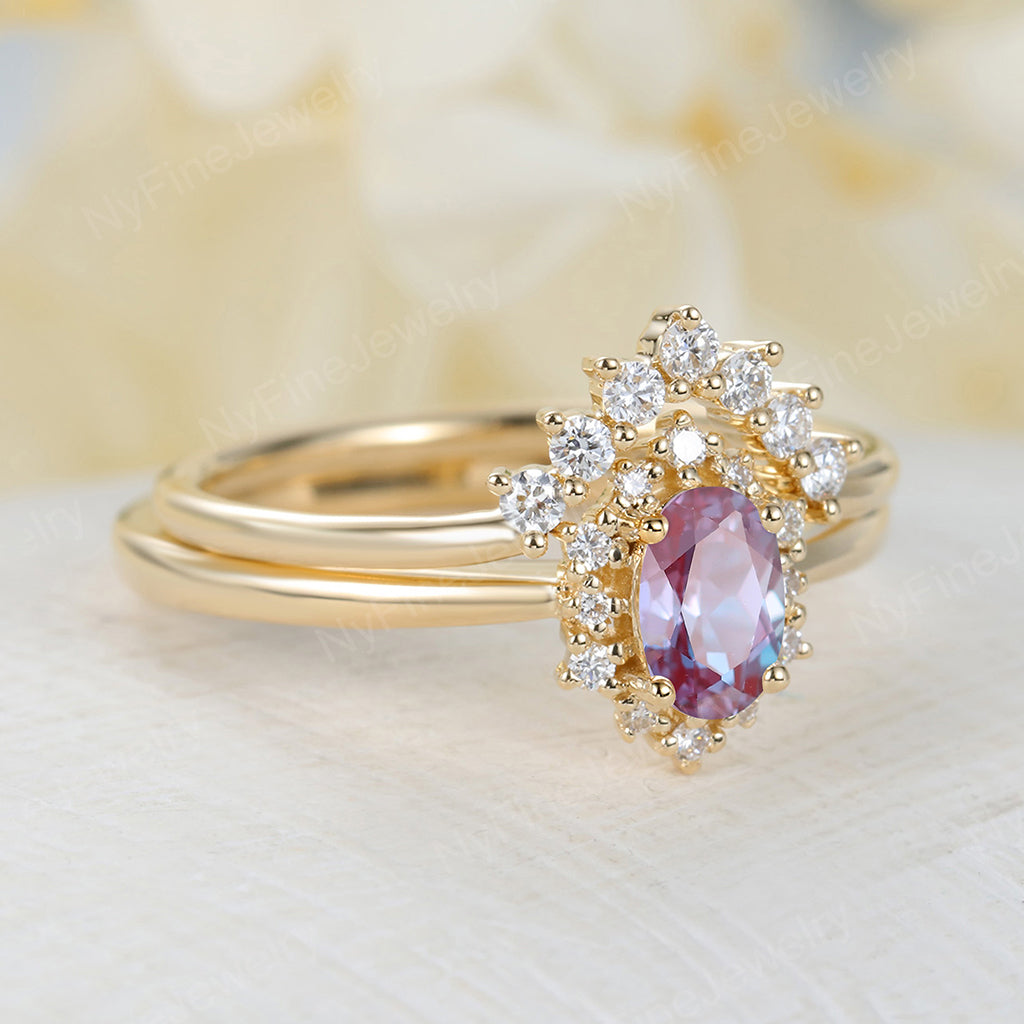 Vintage alexandrite engagement ring set Oval cut engagement ring yellow gold ring diamond ring halo wedding band Bridal set Anniversary ring