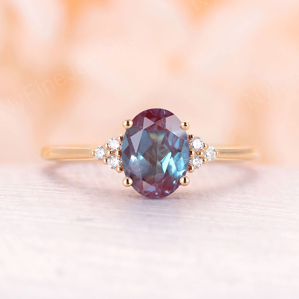 Vintage Alexandrite engagement ring yellow gold oval alexandrite engagement ring moissanite cluster ring wedding Bridal Anniversary ring