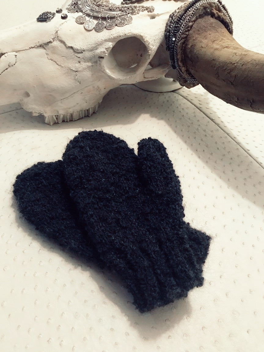 Boucle Knit Mittens