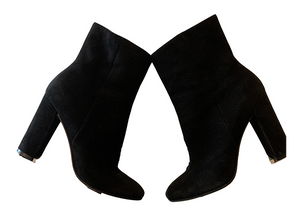 Gianvito Rossi - Suede Ankle Boot