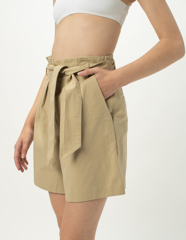 High Rise Pleat Short Beige