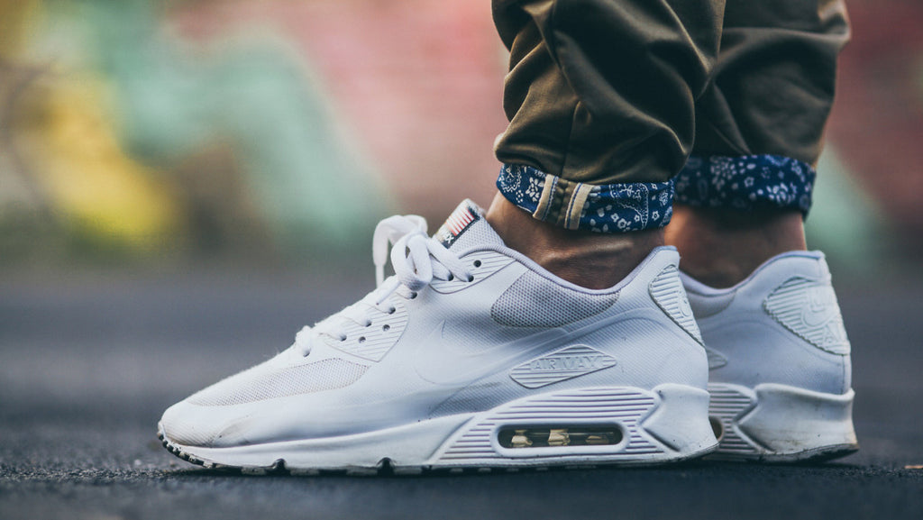 f4f017eacb The 10 Best Nike Air Max Shoes Of All Time – Combatant Gentlemen