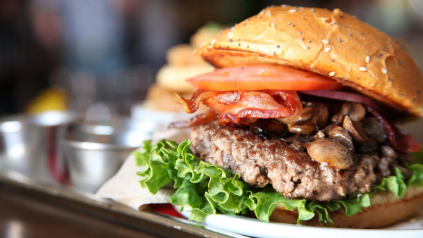 The 6 Best Burgers In Los Angeles (That You Don't Know About)