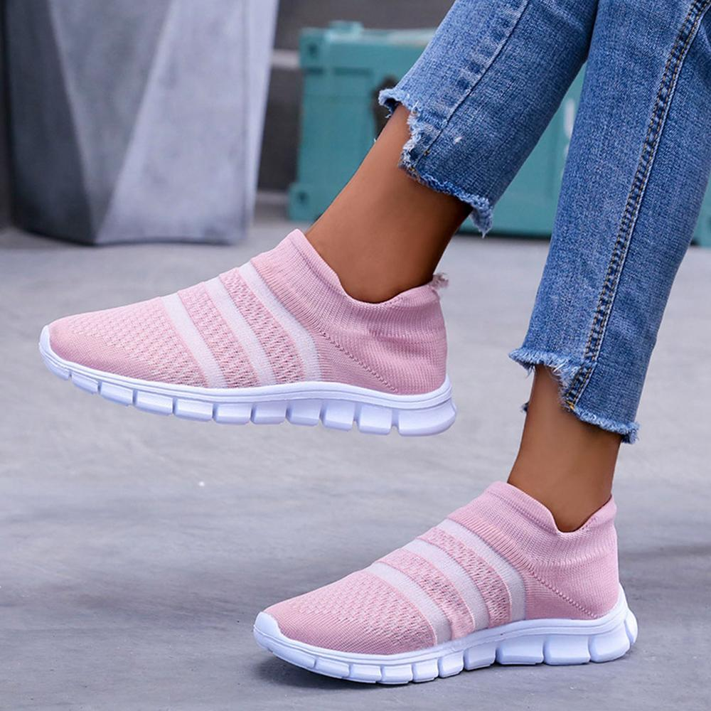 Stripe Flyknit Flat Heel Slip-on Casual Sneakers