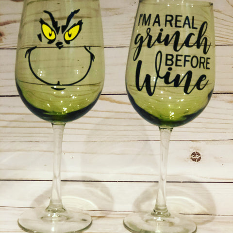 The Grinch Wine Glass Set