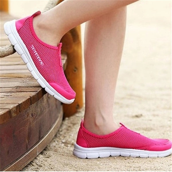Summer Women Shoes 2018 Fashion Solid Breathable Lovers casual Shoes Loafers Woman Flats Plus Size 35-46 Slip-on Network Shoes