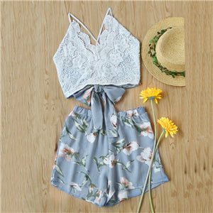 SweatyRocks Lace Panel Criss Cross Bow Tie Back Cami Top With Floral Shorts Halter Sleeveless Boho Twopiece Beach Two Piece Set