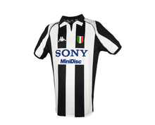 Load image into Gallery viewer, juventus kappa jersey