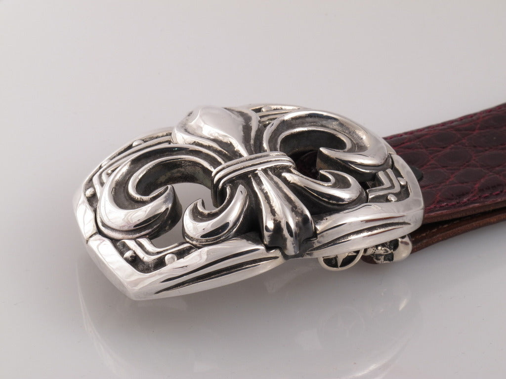 sSterling Large Fleur di Lis trophy buckle side view