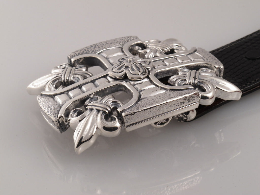 Sterling Fleur di Lis trophy buckle side view