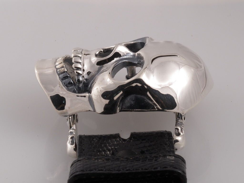 Sterling Skull buckle side view