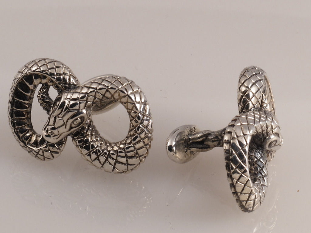 Sterling Figure 8 Snake Cufflinks side view