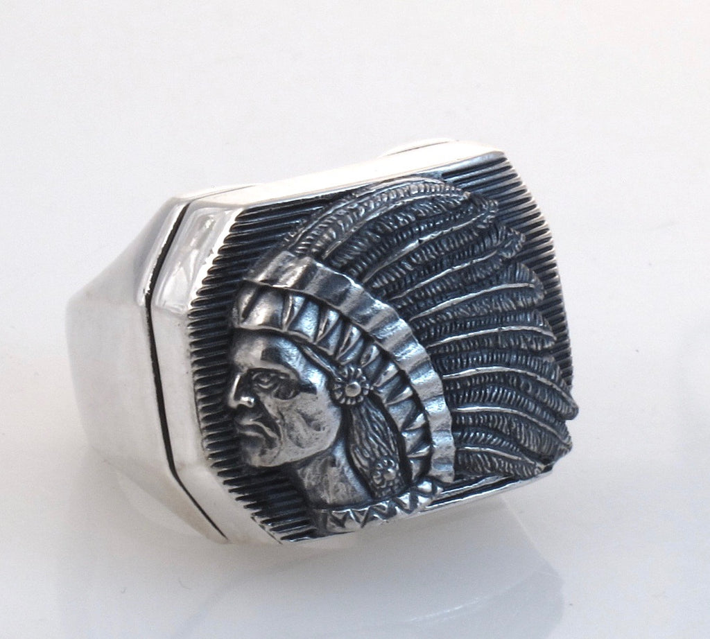 """ DR - 14 Big Chief Ring  [Small Version] Sterling, front view."""