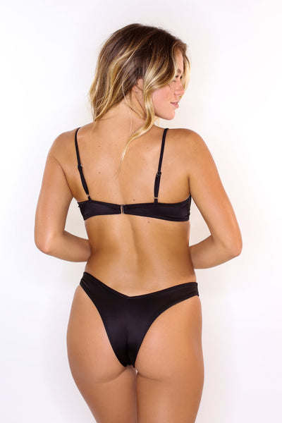 Eva Black V-Shaped Bottoms