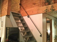 Load image into Gallery viewer, Pipe stair railing - Pipe And Wood Designs