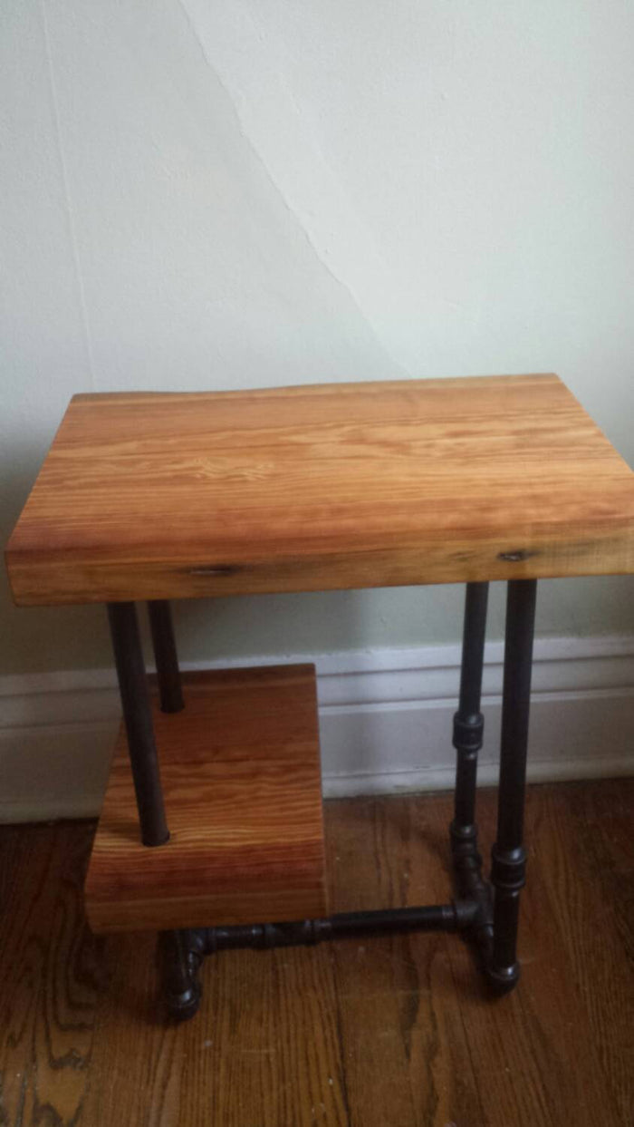 Reclaimed Wood and Industrial Pipe Side Table - Pipe And Wood Designs