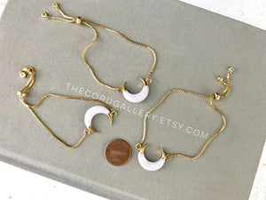 Shell Crescent Bracelet - Adjustable Gold Box Chain