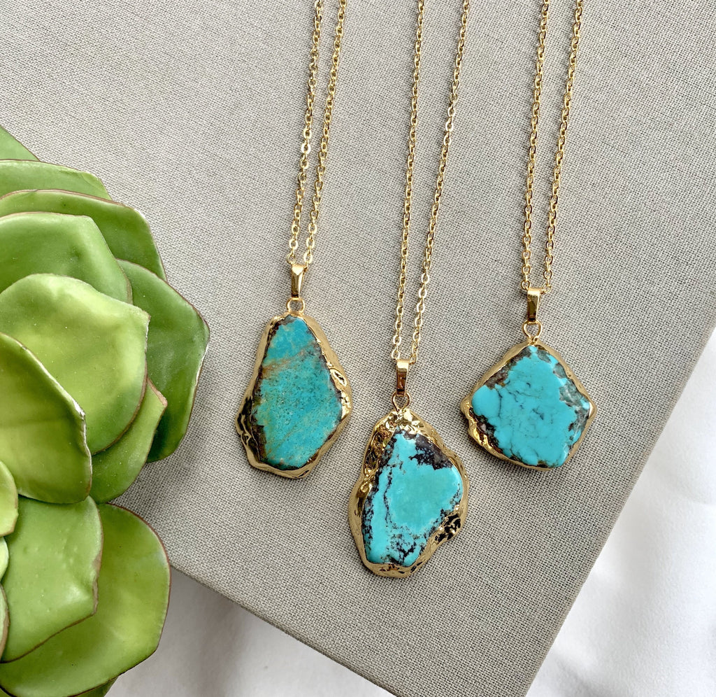 Raw Turquoise Pendant Necklace - Gold
