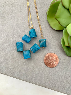 Raw Apatite Gemstone Necklace - Gold