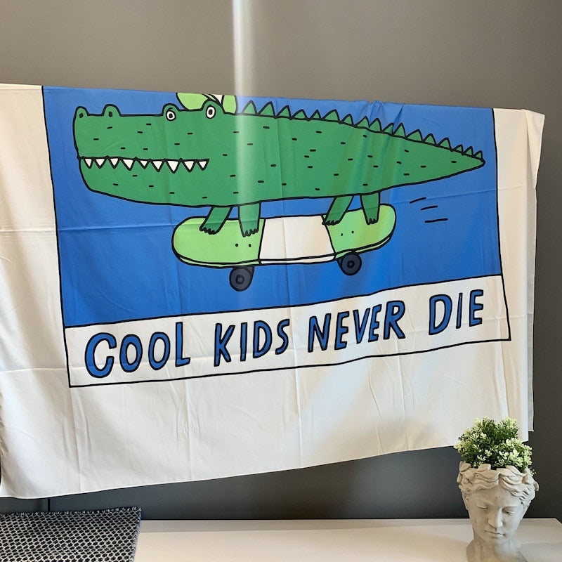 Bandeira Cool Kids Never Die
