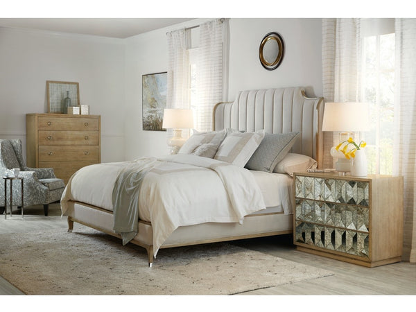 Novella Mirada Queen Upholstered Bed - Dream art Gallery