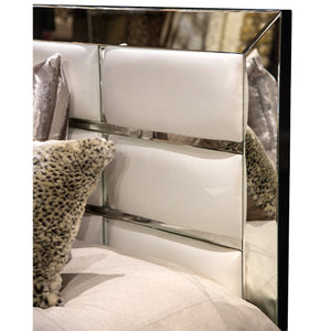MONTREAL Queen Upholstered Bed - Dream art Gallery