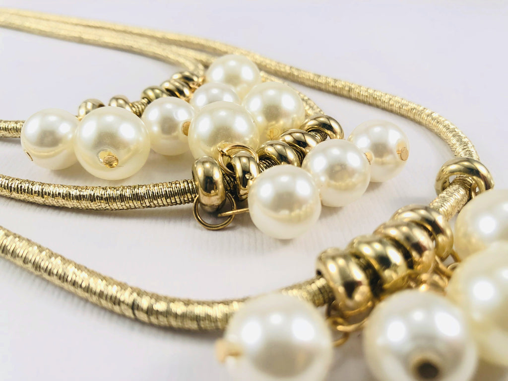 ELIZABETHAN PEARLS GOLD NECKLACE