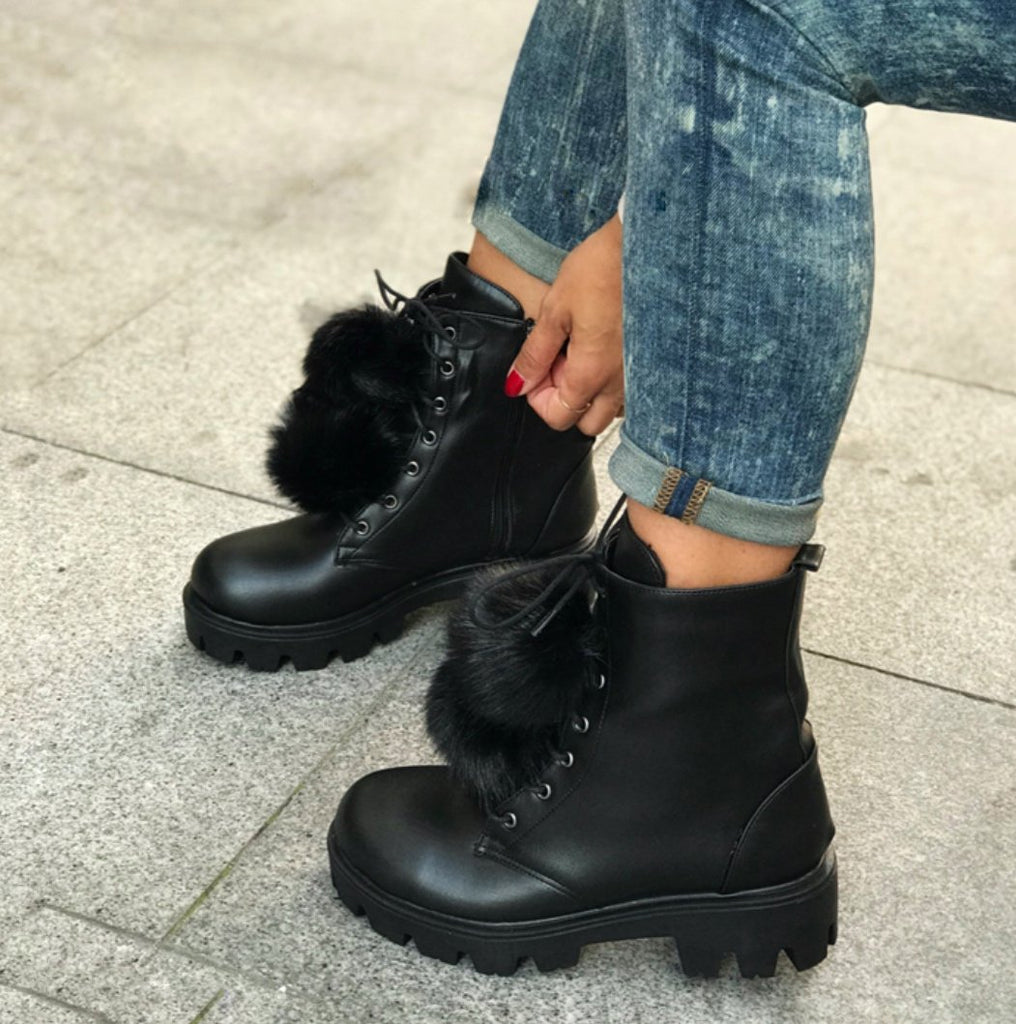 BRAVE PANTHER FAUX FUR BOOTS