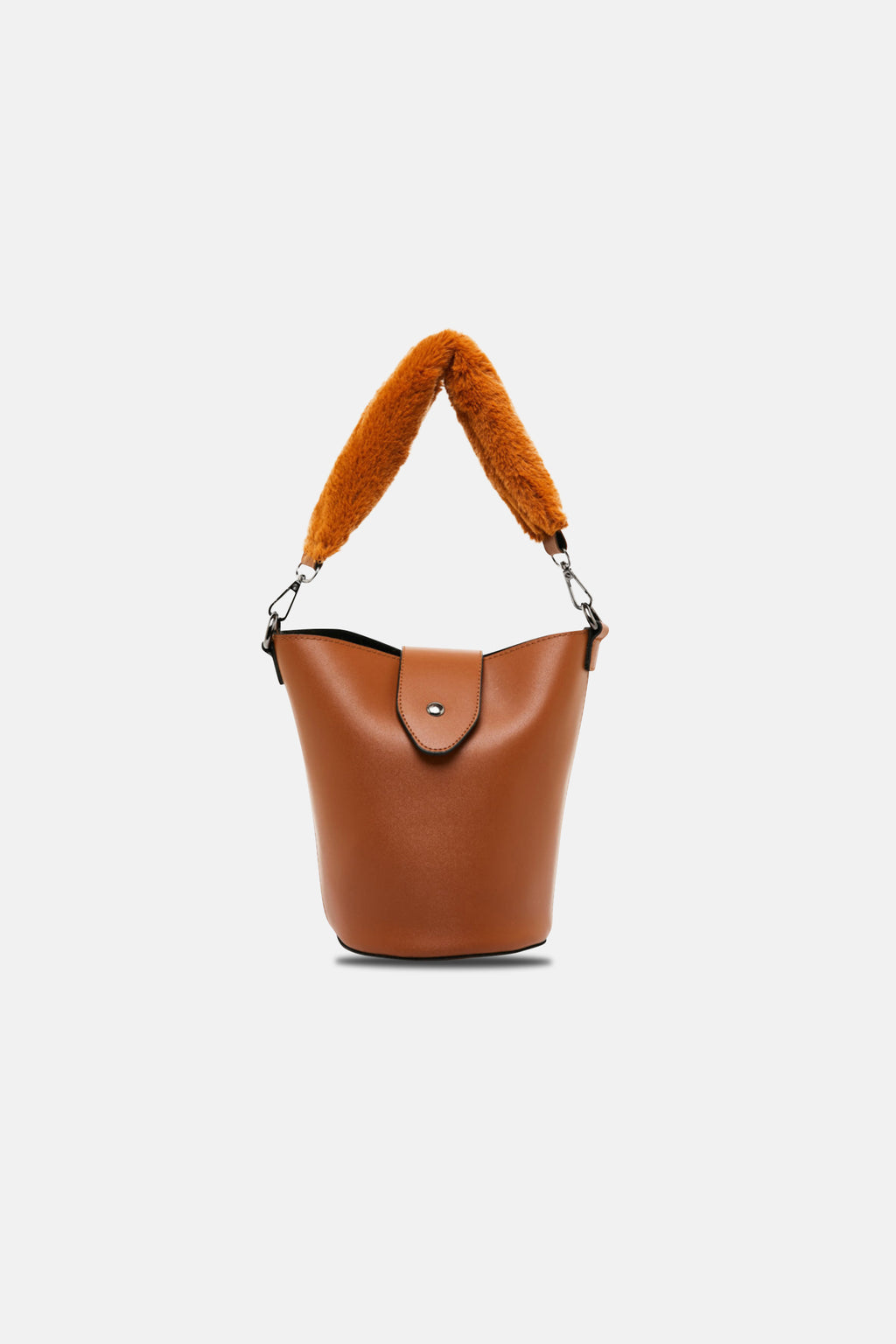 Crossbody with teddy handle
