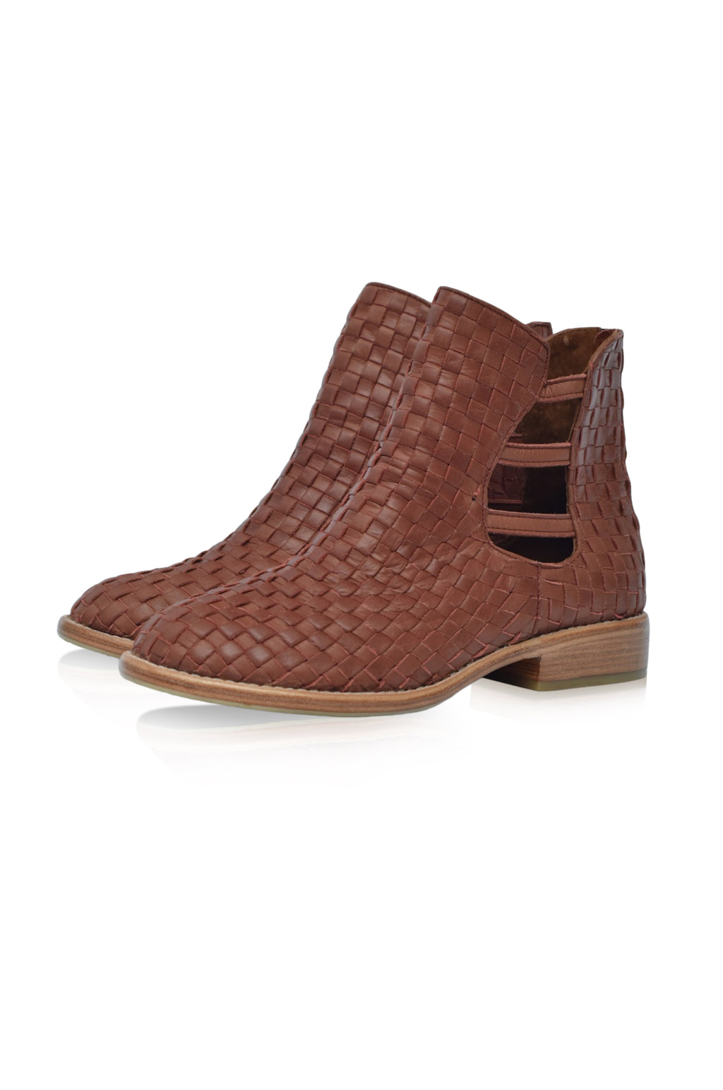 Avenue Woven Leather Boots (* Sz. 8)