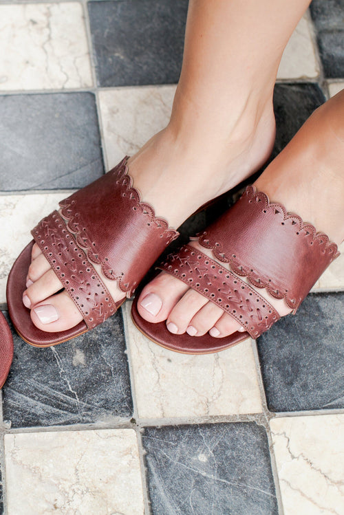 Palm Valley Slide Sandals