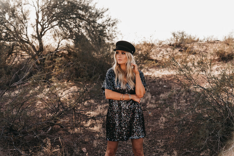 BOHO CHRISTMAS DESERT SHOOT