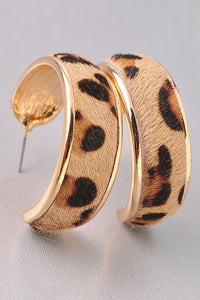 Leo Pard Faux Fur Earring w Gold Trim
