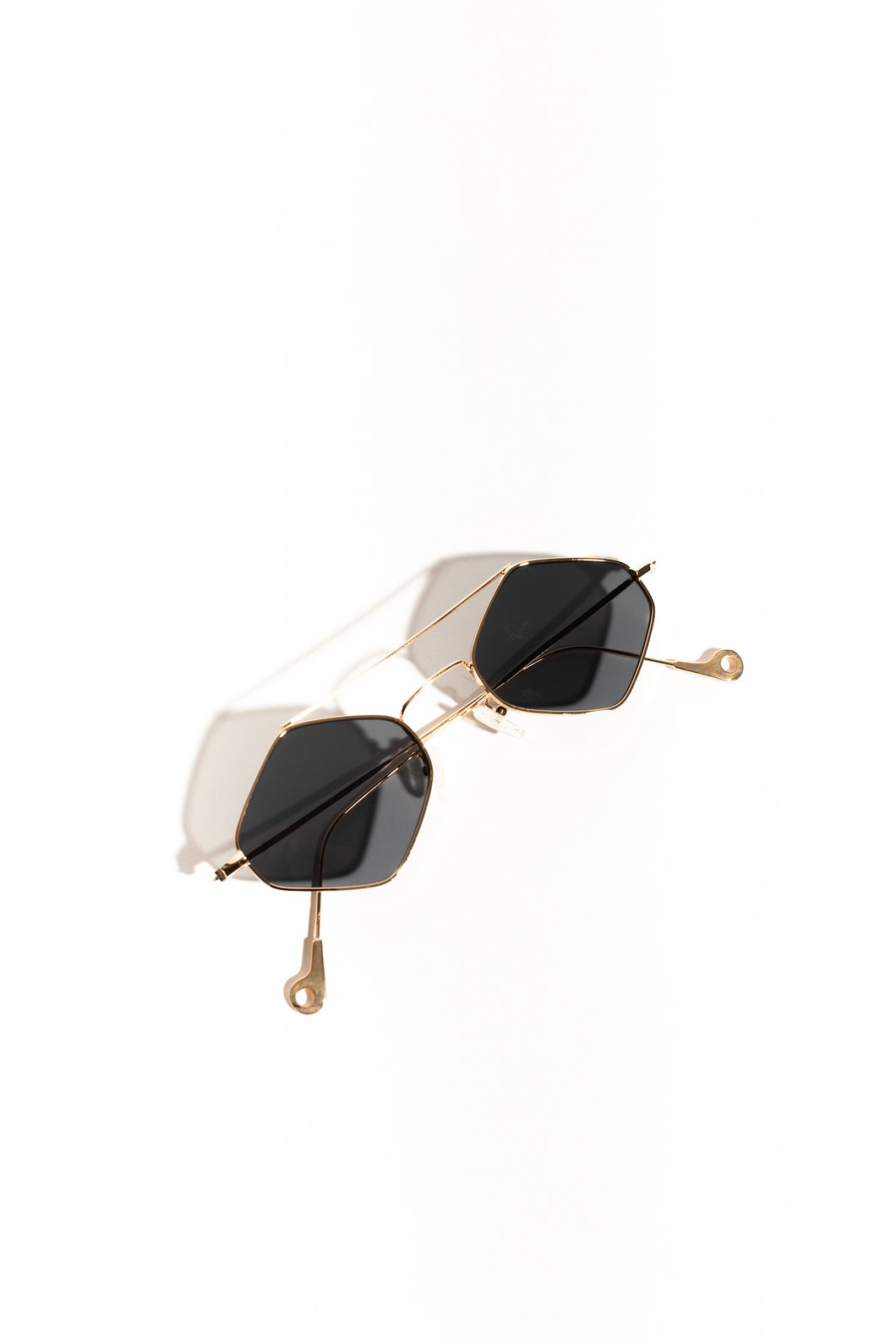 Rita Diamond Frame Sunglasses - Gold