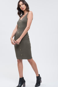 Spice Body Midi Dress with Deep V-Neck and Button Detail