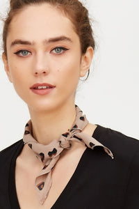 Thin Graphic Print Leopard scarf