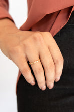 Matisse Engraved Cube Band Ring - Gold