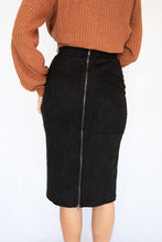 Sunset Suede Midi Straight Skirt - Black
