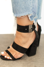 Gardena High Heel w Ankle Strap + Silver Buckle - Black
