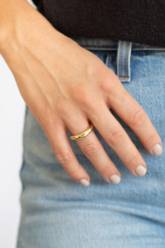 Flirt Single Band Gold Cuff Ring