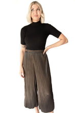 Britton Shiny Pleats Cropped Wild Pants - Olive