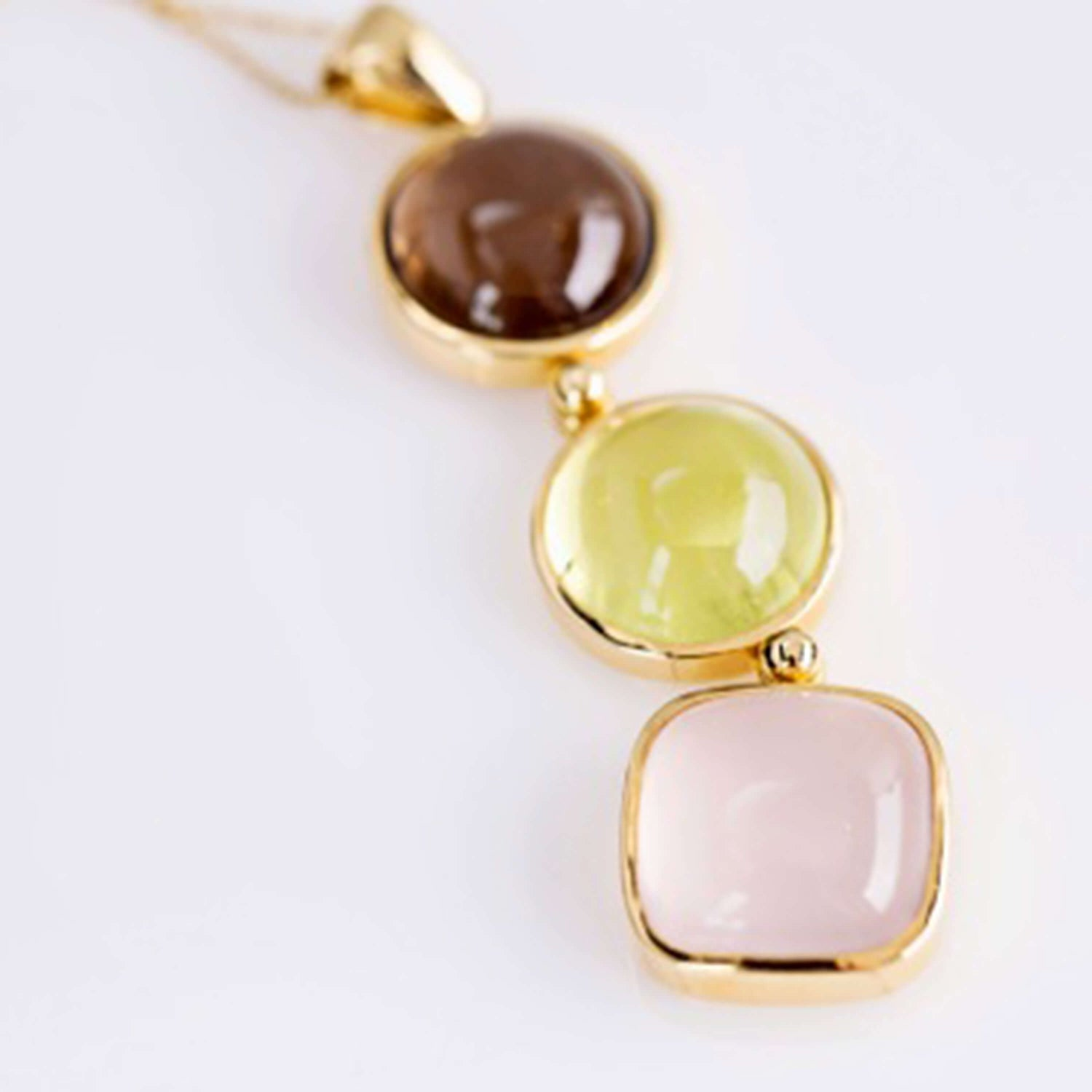 Cabouchon Gem Set Drop Pendant
