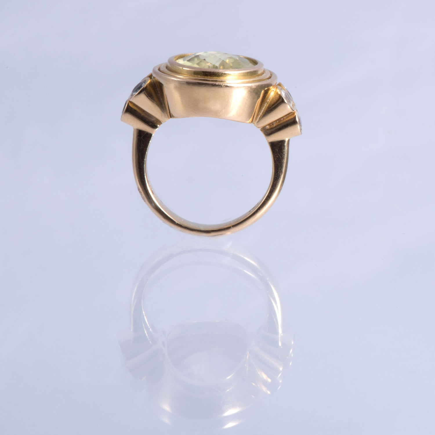 Oval Citrine And 18ct Gold Ring